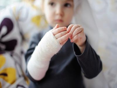 ВЮгре детский парк  выплатит 100 тыс руб.  затравму воспитаннику